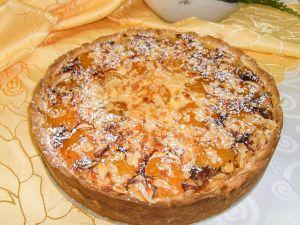 Italienischer Käsekuchen mit Aprikosen
